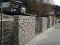 svilene-linije-5 zid iz gabioanov in dreves.jpg